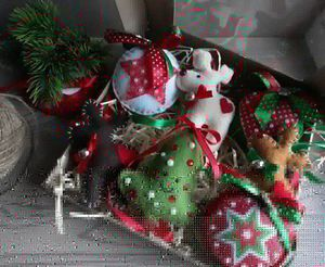 Hand-made Christmas tree felt ornaments 7 items for Sale for sale  Charlotte, NC