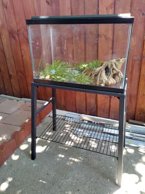 Fish Tank $45 included metal stand & accesories for Sale in Euless, TX
