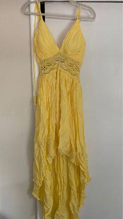 Beautiful yellow dress for Sale in Alexandria,  VA
