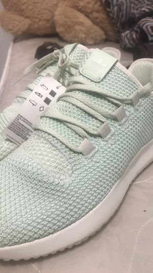 Adidas light teal size 7 for Sale in Chicago, IL