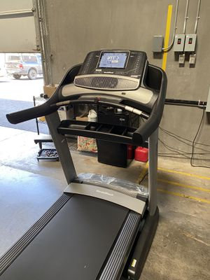 2020 NordicTrack Commercial 1750 Treadmill for Sale in Peoria, AZ
