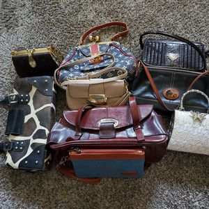 different purses, no name brands, will not mail for Sale in San Antonio, TX