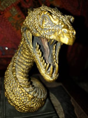 Harry Potter Noble Collection Basilisk Bookend 1 piece exclusive used heavy figure figurine statue Halloween for Sale in Scottsdale, AZ