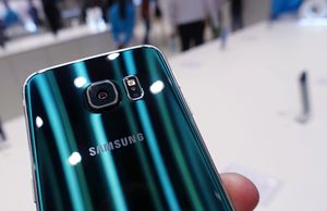 """Samsung Galaxy S6 Edge 32GB,, """"Factory Unlocked Condition Excellent"""" (Like Almost New) for Sale in Springfield, VA"""