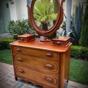 STURDY SOLID WOOD HANDCRAFTED! Orig Vintage Dresser w/ Mirror n' Glove Boxes Gentlemen/Ladies DAVIS ARTISAN CABINET MAKER CO for Sale in San Diego, CA