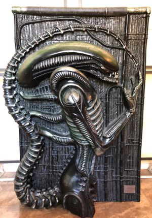 Alien xenomorph H.R Giger illusive concepts for Sale in San Antonio, TX
