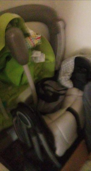 Stroller and pack n play match for Sale in Bloomington, IL