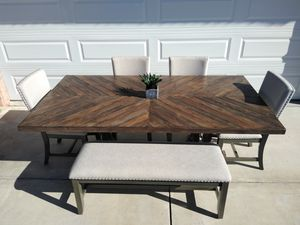 Beautiful Barn style dining table set for Sale in Victorville, CA
