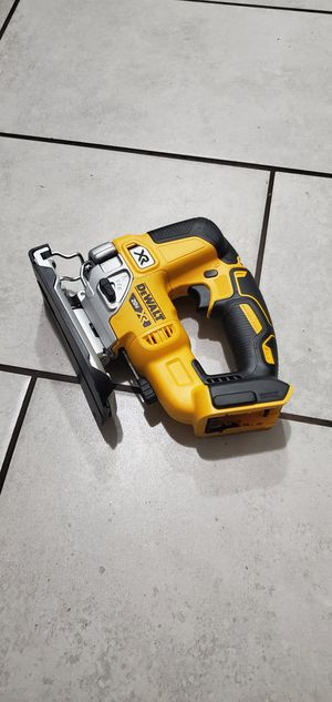 DEWALT 20 VT MAX BRUSHLESS XR JIG SAW NEW TOOL ONLY NO BATTERIE for Sale in Long Beach, CA