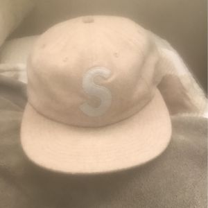 Supreme Hat for Sale in Santa Maria, CA