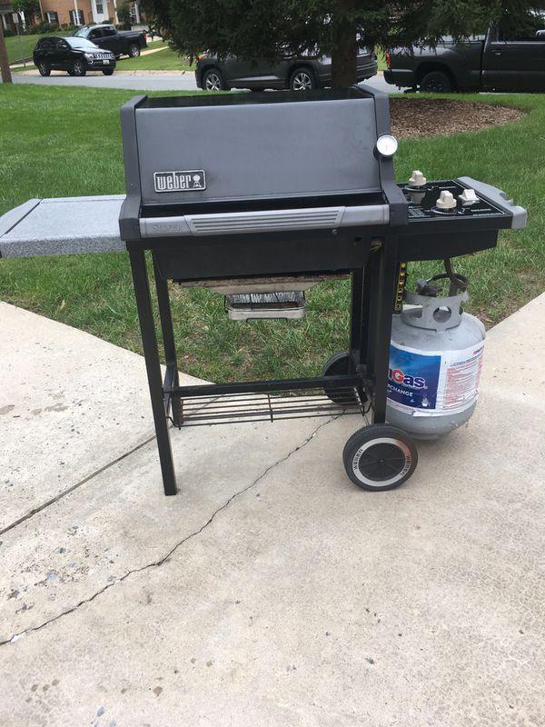 Weber silver/2 burner propane grill