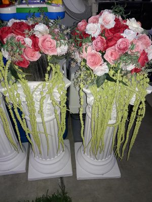 2 flower decorations in pots for Sale in Fontana, CA