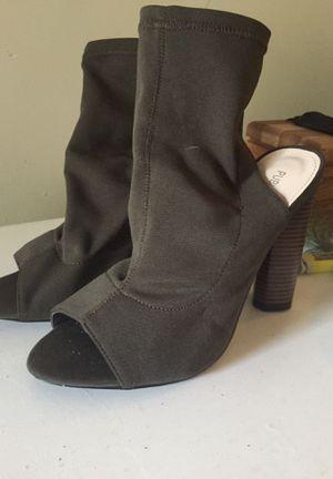 Sz 8 peep toe bootie *pick up pending* for Sale in Virginia Beach, VA