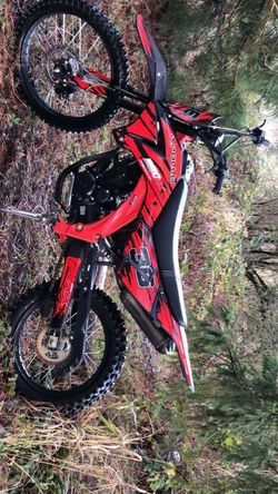 Dirt bike for Sale in Happy Valley,  OR