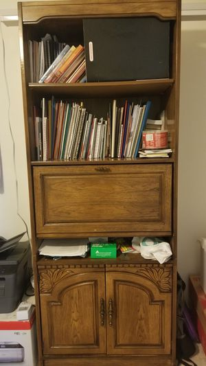 Heavy duty wood book case for Sale in Sterling, VA
