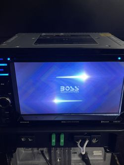 Boss Double Din Head Unit Bluetooth USB AUX for Sale in Redlands,  CA