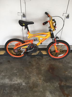 Halloween kids bike 18 inch excellent condition for Sale in Aliso Viejo, CA