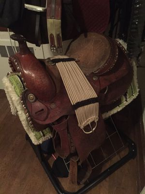 Western horse saddle with pad and girth for Sale in Covington, VA