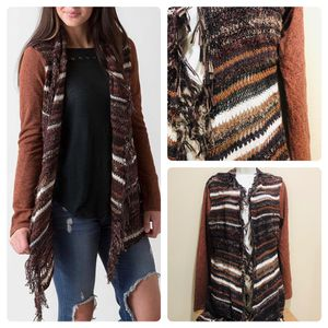 BKE Open weave flyaway cardigan sweater. Condition: Excellent ! for Sale in Land O' Lakes, FL