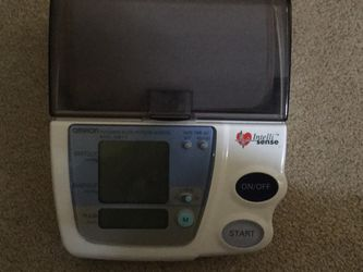 Great Blood Pressure Monitor By Omron for Sale in Vancouver,  WA