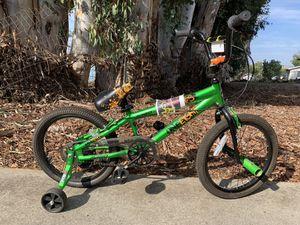 """Boys 18"""" bike for Sale in Escondido, CA"""