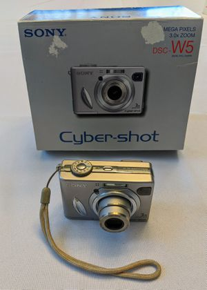 Sony Cybershot DSC-W5 5MP Digital Camera with 3x Zoom with Case Manual and Cords for Sale in Raleigh, NC