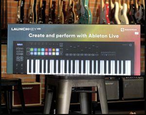 Novation Launchkey 49 Mk3 49 key MIDI Keyboard Controller for Sale in Monterey Park, CA