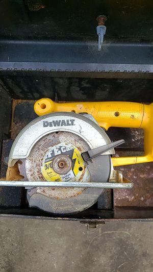 Dewalt 3/8 circular saw for Sale in Modesto, CA