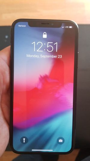 iPhone x 64 gigabyte for Sale in Richland, WA