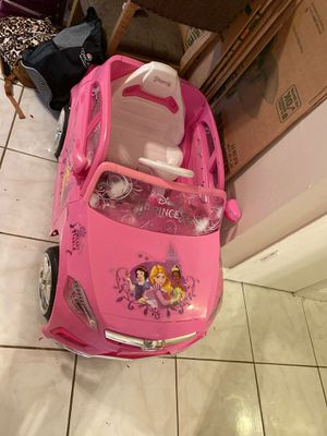 Disney Princess Mercedes Benz for Sale in Wilton Manors, FL