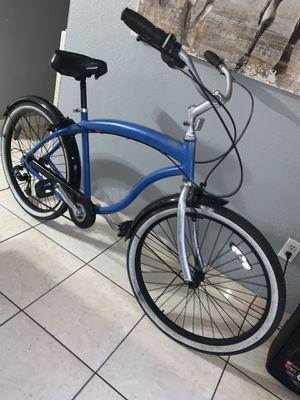 Bike big big biiiggg boss beach crusier bike súper large frame for Sale in Hialeah, FL