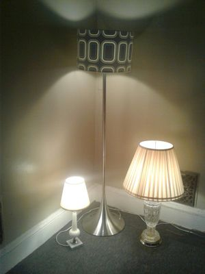 Floor lamp and tow table lamps for Sale in Cleveland, OH