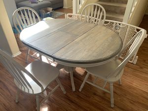 Dining Table and Chairs for Sale in Temecula, CA