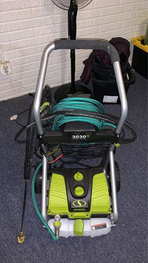 Pressure washer for Sale in Garfield Heights, OH
