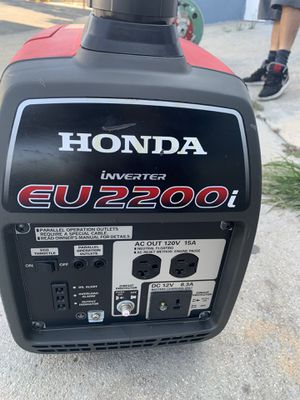 Honda generator starts instantly silent for Sale in East Los Angeles, CA