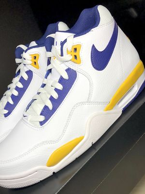 """Nike Flight Legacy """"Lakers Home"""" for Sale in Moreno Valley, CA"""