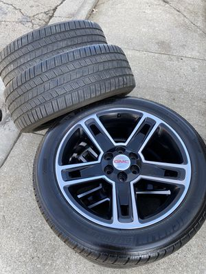 """22"""" Inch GMC 6 Lug Chevy Wheels and Tires GM Rims for Sale in Chicago Ridge, IL"""
