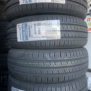 195/65/15 new Kumho Tires for Sale in Lynwood, CA