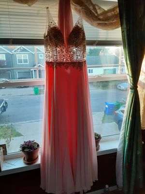 Prom or quinceanera dress like new for Sale in Portland, OR