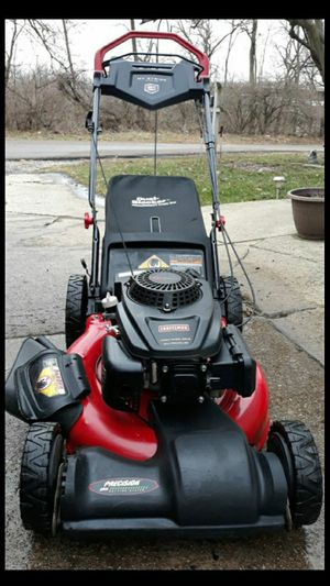 """Craftsman 21"""" Inch Lawnmower W/Pace Control System And Bag for Sale in Aurora, IL"""