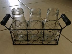3 Jar Flower Vase w/Wire Caddy- Farmhouse Decor Or Kitchen Caddy for Sale in Miami, FL