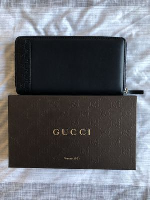 Gucci mens long wallet purse 307993-A8WQN for Sale in Arlington, VA