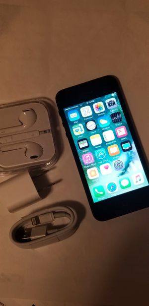 iPhone 5s, Factory Unlocked for Sale in Springfield, VA