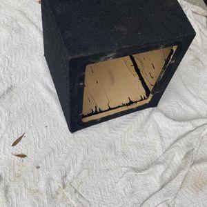($40) 12 Inch Kicker L7 Type Sub Box for Sale in Sanger, CA