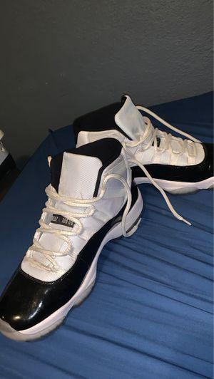 Air Jordans 11 retro concord for Sale in San Leandro, CA