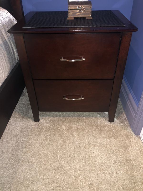 Full Size Bedroom Set (Mattress Included) for Sale in ...