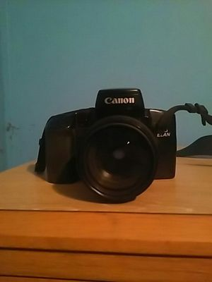 Canon EOS ELAN Camera. Great condition. Works. Needs film for Sale in Holiday, FL