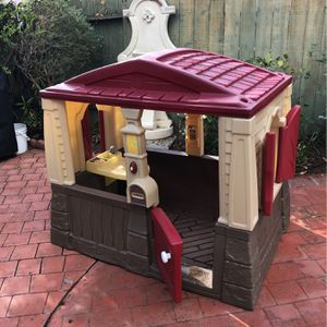 Little Tikes Plastic House Kids for Sale in San Diego, CA