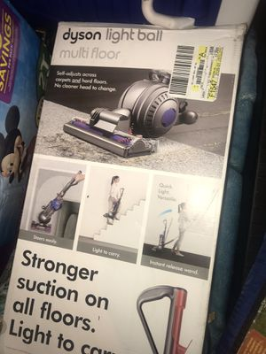 Dyson lightball multifloor vacuum for Sale in Wahiawa, HI