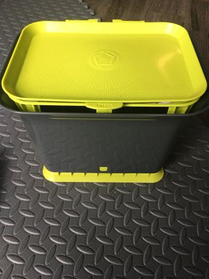 Premium Compost Container for Counter Top with Bags for Sale in Seattle, WA